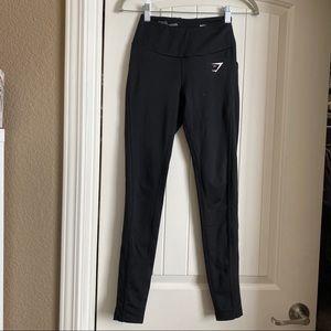 Gymshark black leggings with pockets xs